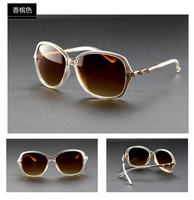 Sunglasses Women Brand Designer Sunglasses 2014 Fashion Elegant Style Woman Sunglasses With Stable Quality Free Shipping