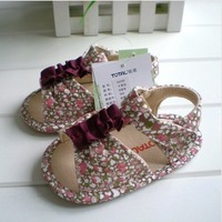 Free Shipping 2014 new Hot selling Summer baby sandals Soft rubber soled female baby sandals Non-slip toddler shoes