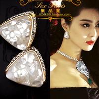 Fashion accessories sparkling small white shell trigonometric big stud earring