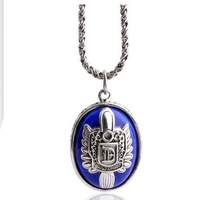 Vampire Diaries Damon / Stefan Salvatore Necklace pendant retail new design Moive America play jewelry