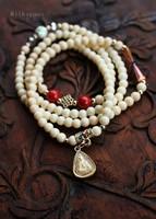 Multielement white tridacna bracelet multi-layer plating gold Buddha card pendant bracelet accessories wholesale Thailand style