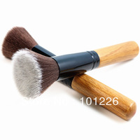 Кисти для макияжа VELA 16 .  730000