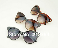 TOP Quality Vintage Inspired Fashion Women's Cat Eye Plain Sunglasses Chic Eyewear Small Wholesale