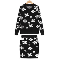 Free shipping in the spring of 2014 new women's black and white flowers sweater two piece set hip long sleeved sweater dress