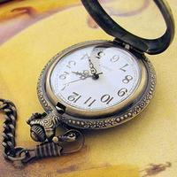 Magnifier glass bronze color quartz pocket watch 0013