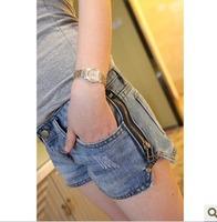 Zipper water wash blue women's low-waist denim shorts