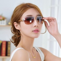 Free shipping new sunglasses cool plastic Colorful gold color alloy leather ladies fashion generous