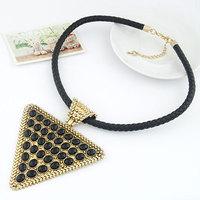 Fashion vintage fashion quality triangle elegant preparation of rope necklace