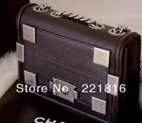 Name Brand Embossed Logo Single Chain Shoulder Messenger Bag Fashion Women's Metal Letters Logo Hand Bag Vintage Cross Body Bag