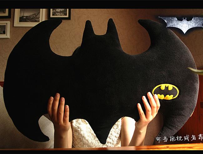 The Dark Knight Rises Batman Cartoon travesseiro animais de pelúcia boneca brinquedos de 30 '' presente de natal grátis frete(China (Mainland))
