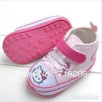NEW SPRING 2014 baby girl first walkers hello kitty  Non-slip soles with heart 0-2years freeshipping