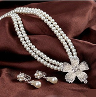 Free shipping Good quality pearl jewelry wedding jewelry beautiful flower pearl Bride fashion  necklace ear clip 2 piece set