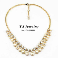2014 Classic Simulated-pearl Pendant Necklace Women  Elegant Rhinestone Pearl Choker Necklace All-match Fashion Necklace Jewelry