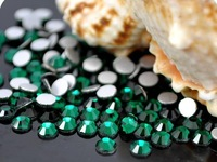 Free Shipping (1 bag / hand) multi-size selection, cell phone diy jewelry accessories emerald semi-flat drill