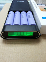 2014 New Original Brand Soshine TOMO V8-4 Mobile Power Boxes 4 Slot 18650 Charger With Protection Circuit Free Shipping