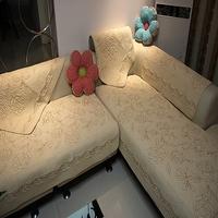 Fashion quality rustic embroidered rose sofa cushion fabric cushion piaochuang pad sofa cover sofa towel wood pad