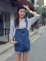 Free Shipping Fashion big pocket loose suspenders denim shorts star style ! 383