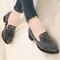 Free shipping 2014 spring women pumps fashion trend of the rivet shoes vintage women shoes thick heel round toe single shoes