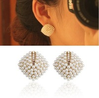 Free shipping more than $15+gift small sweet ol elegant pearl type rhombus rhinestone stud earring female crystal alloy hot well