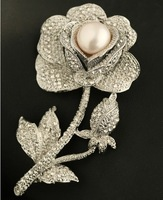 2014 New Arrival European and American natural pearl inlaid sparkle of luxury a full Czech rhinestone rose brooch