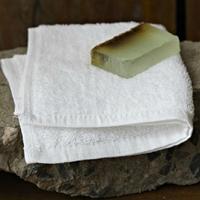 Custom-made 100% Cotton White Color 16S Fabric 32*32cm Hand Towel Jacquard Logo Hotel Use