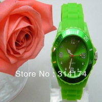 2014 silicone watch in watches ladies
