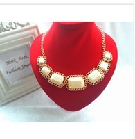 New 2014 Vintage White Resin Choker Statement Bib Necklace Fashion Jewelry Gift For Women Wholesale Hot Selling Items CJ0024