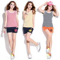 2014 Summer women track suit thin section sleeveless striped hooded sports suit lady Slim leisure sportswear suit 5172