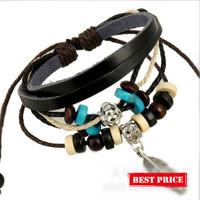 Wholesale Fashion Handmade Leaf Charm Wooden String Of Beads Women Leather Bracelets, AA005