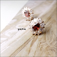 2 - 18k rose gold . pomegranate red fashion classical crystal diamond stud earring