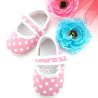 Baby Toddler Shoes 1pair 4 sizes Baby Shoes  Girls Dress Shoes Lace Soft bottom Non-Slip Shoes  The European and American style
