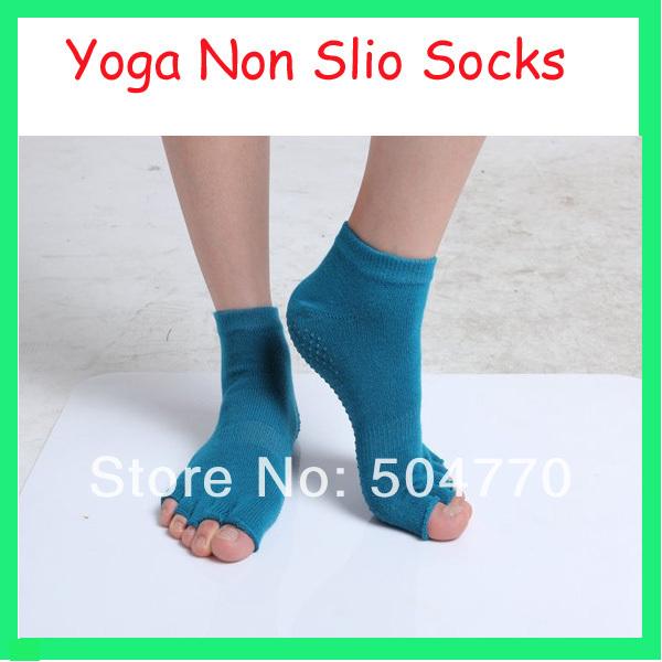 half toes Non-slip Yoga Grip Socks Polites Toe Socks 3 colors(China (Mainland))