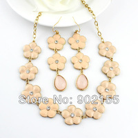 New Fashion Design Charming Flower Design Pink Color Enamel Wedding Necklace And Earrings Jewelry Sets for Women Gifts