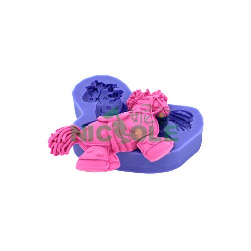 Frete grátis venda quente DIY pequeno cavalo de tróia ferramentas forma de decoração do bolo , bakeware , moldes sabonete artesanal , loja cara de bebê(China (Mainland))