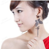 Free shipping 22856 Restoring ancient ways is lovely butterfly drop black stud earrings swings wholesale top quality
