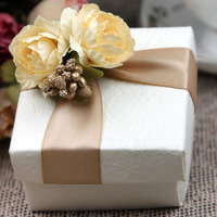 Hot Sale Bride and Groom Box  Free Shipping 10pcs/lot Bride Wedding Favor Boxes Gift box Candy box WD14014