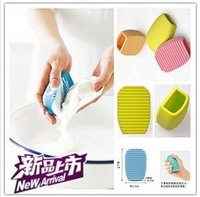 New 2014 Novelty Households Scrubboards Washboard Bathroom Pad Silicone Handheld Candy Colors  Mini Washboard 2Pcs/Lot