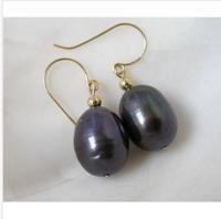 classic TAHITIAN 11-13mm black pearl earring 14k