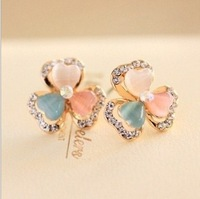 free shipping 2014 new style crystal inset gold plated opal shamrock stud earrings