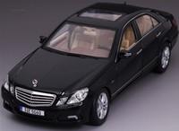 Alloy car models/Favorite Cars/1:18/Refinement E-CLASS