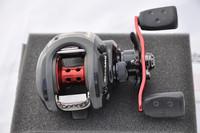 Free shipping Hot Sale!!! New Abu Garcia BLACK MAX BMAX2-L 4+1BB Baitcasting Fishing Reel