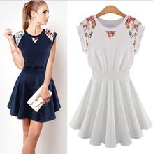 New 2015 summer vestidos fashion women's dresses round neck sleeveless Lace Flower Slim casual dress women Free shipping(China (Mainland))