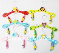 whole sale Wooden cute animal cartoon children clothing rack antiskid children clothing color wood hangers infant clothing rack