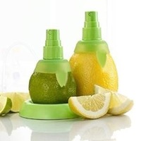 20pcs=10sets Amazing price Cooking Tools Plug sprayer spray lemon juicer juice fruit sprayer device wholesale