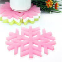 Free Shipping Creative Snowflake Silicone Mat for Table Cup Mat Insulation Mat Household Supplies Silicone Mold Supply