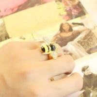 diamond bee ring flash retro drip female 6g-----order>10usd