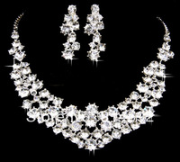 Wedding Jewelry Set Bridal Clear Crystal Triple Row Beads Link Necklace with Clip on Dangle Earrings For Party