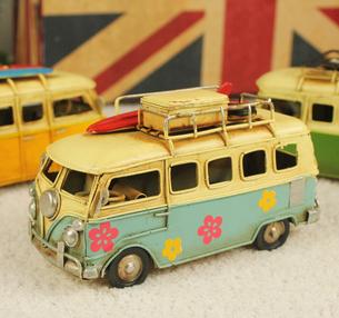 Creative handmade home accessories, wrought iron handicrafts iron retro home furnishing bus classic buses(China (Mainland))
