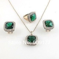free shipping Wholesale 2pcs jewelry Two sets 8Women Austria plated green crystal Pendant necklace earring ring sets