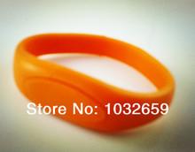 popular wrist flash drive